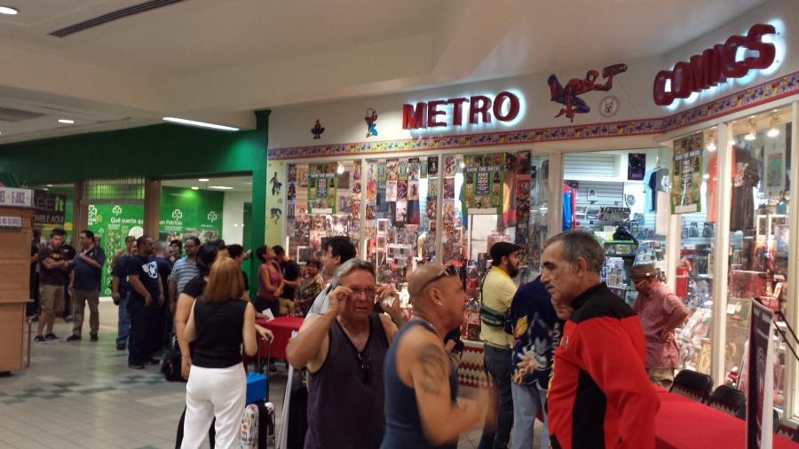 Free Comic Book Day 2015 Metro Comics queue